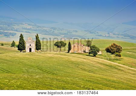 Beautiful Landscape With Famous Cappella Della Madonna Di Vitaleta In Val D'orcia, Province Of Siena