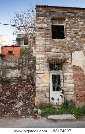 Ruined Old Living House Facade, Old Town Of Izmir