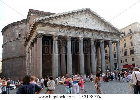ROME, ITALY - SEPTEMBER 01: Pantheon, Piazza della Rotonda, Historic Center, Rome, Italy on September 01, 2016.