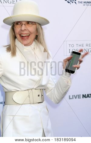 LOS ANGELES - APR 22:  Diane Keaton at the 2017 The Humane Society Gala at Parmount Studios on April 22, 2017 in Los Angeles, CA