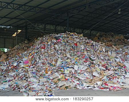 The Paper scrap are recycling in landfill
