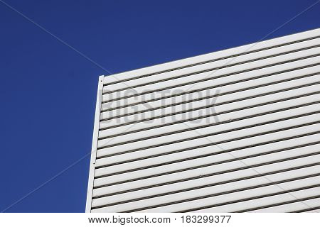 black and white aluminium architecture wall design pattern with light and shadow