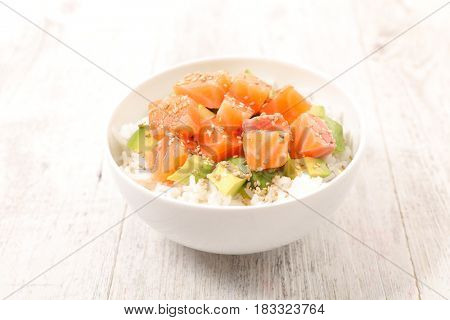 poke bowl,chirashi
