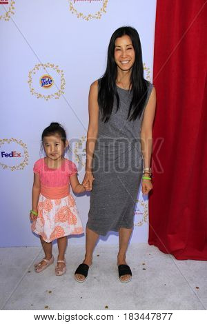 LOS ANGELES - APR 23:  Jett Ling Song, Lisa Ling at the Safe Kids Day at the Smashbox Studios on April 23, 2017 in Culver City, CA