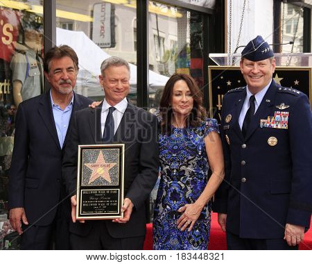 LOS ANGELES - APR 17:  Joe Mantegna, Gary Sinise, Patricia Heaton, Gen. Robin Rand at the Gary Sinise Honored With Star On The Hollywood Walk Of Fame on April 17, 2017 in Los Angeles, CA