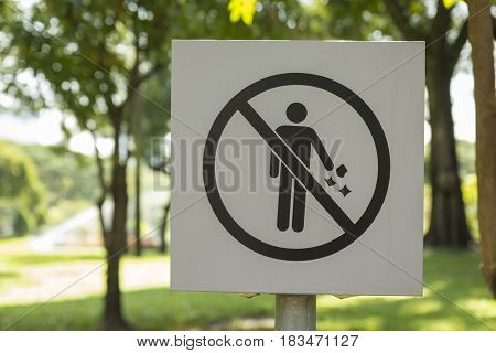 Prohibiting Littering Signs