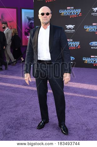 LOS ANGELES - APR 19:  Michael Rooker arrives for the