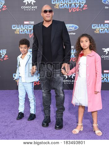 LOS ANGELES - APR 19:  Vin Diesel, Hania Sinclair and Vincent Sinclair arrives for the