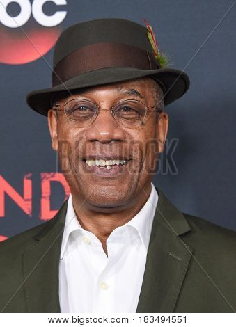 LOS ANGELES - APR 08:  Joe Morton arrives to the