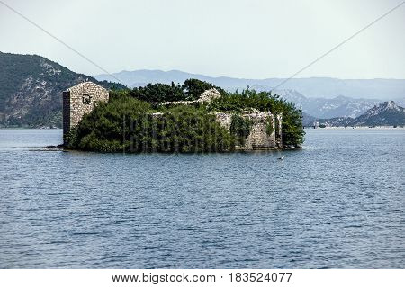 The old fortress-prison on the Skadar Lake