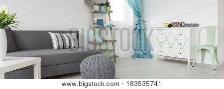 Panorama Of Cozy Living Room Idea