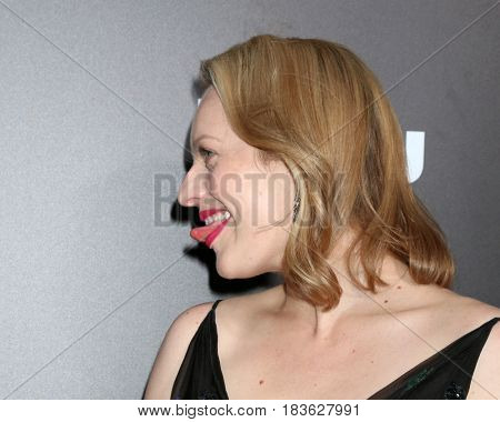 LOS ANGELES - APR 25:  Elisabeth Moss at the Premiere Of Hulu's