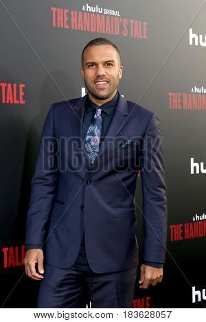 LOS ANGELES - APR 25:  O-T Fagbenle at the Premiere Of Hulu's