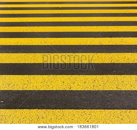 yellow road marking