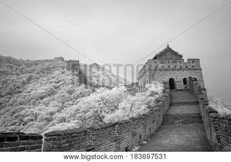 Infrared panorama of the Great Wall. The survey was conducted in the infrared range. It turned out an unusual view of the Great Wall.