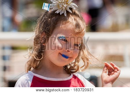 Undefined Little Girl With Israeli Flag On Her Head