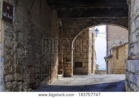 Entry to Villa a Sesta through Via dell' Arco - Tuscany, Italy