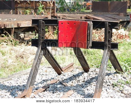 Railway siding buffer at the end of the line.