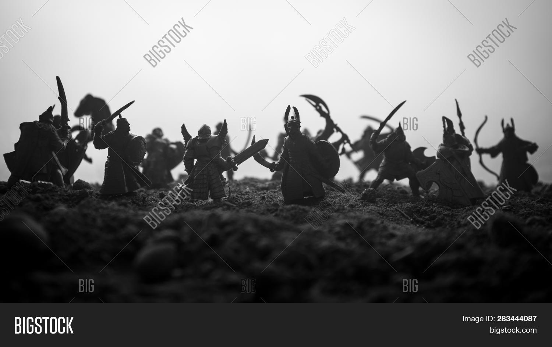 Medieval Battle Scene Image & Photo (Free Trial) | Bigstock