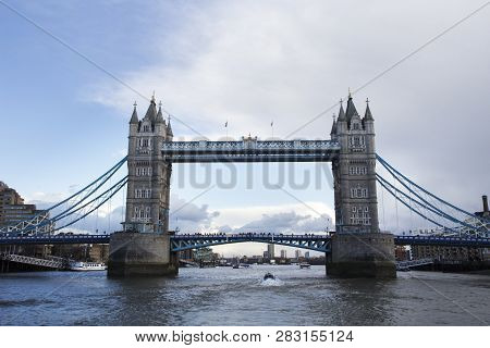 London, Uk - May 20, 2017. London Cityscape Across The River Thames With A View Of Tower Bridge, Lon