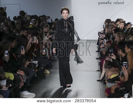 Pamella Roland Fw 2019 Image & Photo (Free Trial) | Bigstock