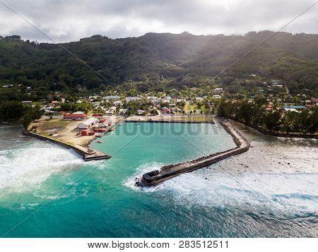 The Port And Village Of Moerai, Rurutu Island, Austral Islands, Tubuai Islands, French Polynesia, Oc