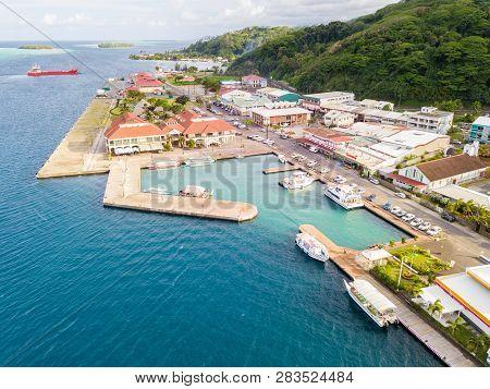 Uturoa, French Polynesia - Nov 16 2017: City Centre, Port Harbour, And Ferries To Tahaa. Raiatea, Le