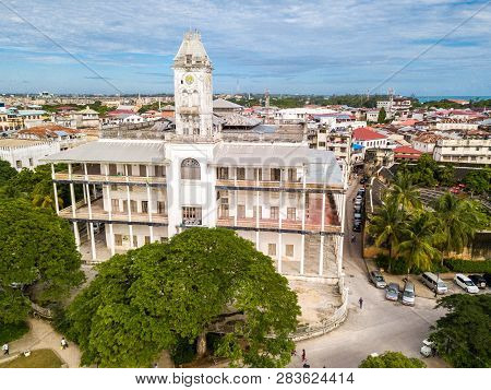 The House Of Wonders. Stone Town, Old Colonial Center Of Zanzibar City, Unguja Island, Tanzania. Aer