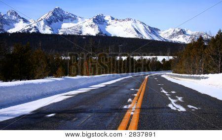 Sawtooth Road