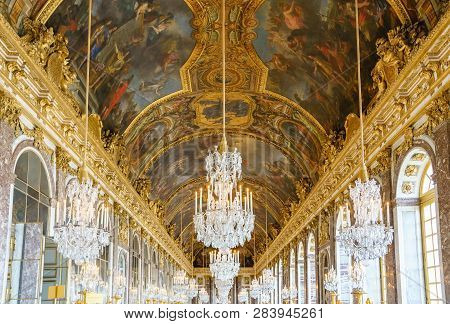 Versailles, France - April 08 2018: The Hall Of Mirrors (galerie Des Glaces) Of The Royal Palace Of
