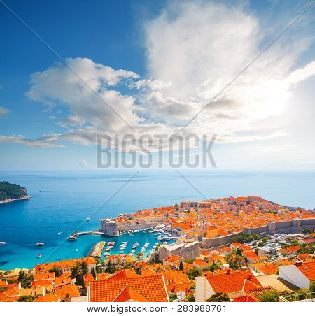 Fantastic view at famous european city of Dubrovnik on a sunny day. Location place Croatia, South Dalmatia, Europe. Mediterranean resort, UNESCO world heritage site. Discover the beauty of earth.