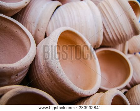 Clay Pots In A Pile, Lots Of Pottery Clay Pots In A Pile, Lots Of Pottery