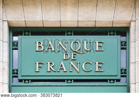 Vienne, France - June 7, 2020: Banque De France Sign On A Wall. Banque De France Headquartered In Pa