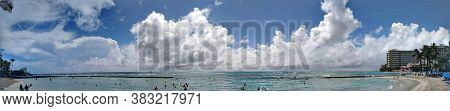 Waikiki - Sep 26, 2018: People Play In The Protected Water And Hang Out On The Beach In World Famous
