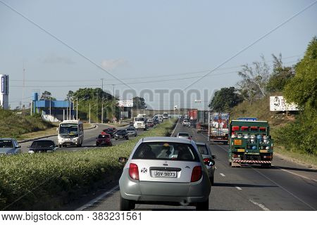 Salvador, Bahia / Brazil - February 1, 2013: Vehicles Are Seen Passing On Highway Br 324 In The City