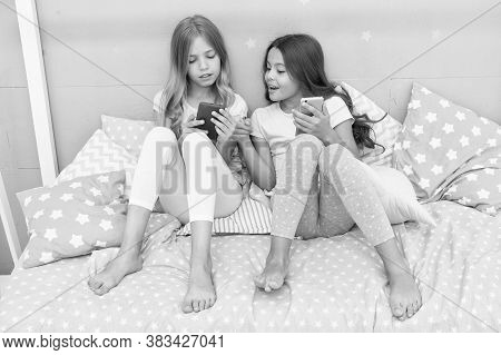 Whats Up. Little Girls Use Smartphone Before Bed. Children And Technology. Mobile Technology. New Te