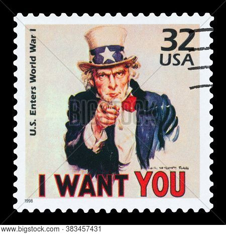 United States Of America - Circa 1998: A Stamp Printed In Usa Shows Uncle Sam, U.s. Enters World War