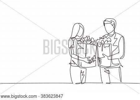 Single Continuous Line Drawing Young Happy Couple Holding Grocery Paper Bag After Shopping At Grocer