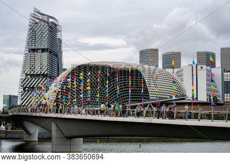 Singapore, 22/01/19. Esplanade - Theatres On The Bay Modern Building With Jw Marriott Hotel, Singapo