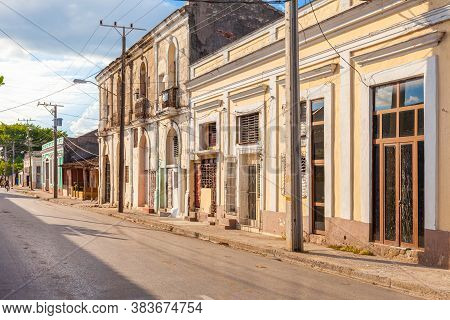 Cienfuegos, Cuba-october 13, 2016. Typical Town Street With Colonial-era Buildings On October 13, 20