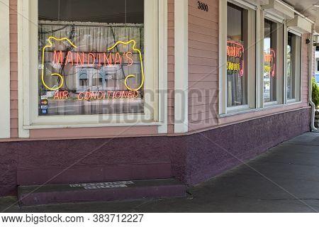 New Orleans, Louisiana/usa - 5/7/17: Mandina's Restaurant On Canal Street In Mid City