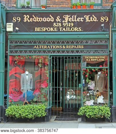 London, Great Britain -may 22, 2016: Redwood & Feller, Traditional English Atelier For Individual Ta