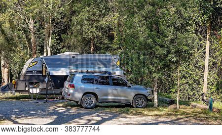 Eungella, Queensland, Australia - August 2020: Campers In A Caravan In Holidaying In The Tropical Ra