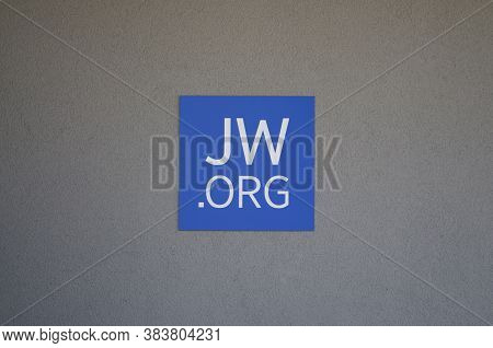 Camorino, Switzerland - 21st August 2020 : Jw.org (jehovah's Witnesses) Sign Hanging On A Building.