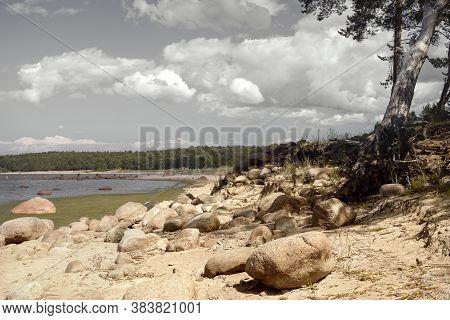 Gulf Of Finland (gulf Of Bothnia) - Beach And Ruined Marina