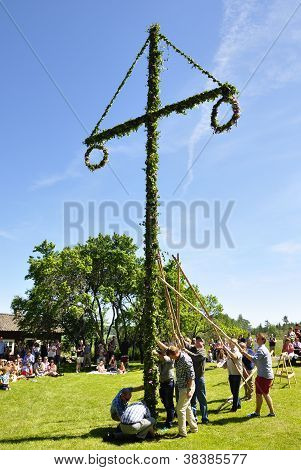 Maypole in midsummer