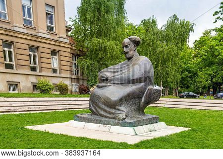 Zagreb, Croatia - May 05, 2015: Statue Of Famous Croatian Writer Marko Marulic In Front Of The Old C