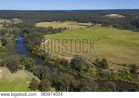 The Nepean River Running Through Farmland In Wallacia In Wollondilly Shire In Regional New South Wal