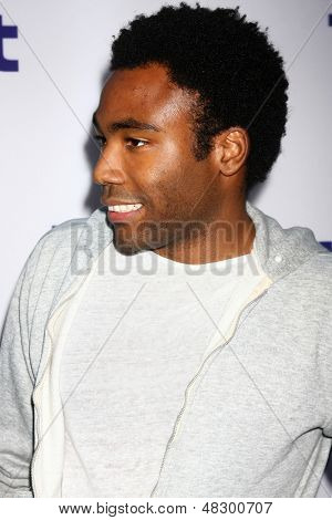 LOS ANGELES - JUL 23:  Donald Glover arrives at