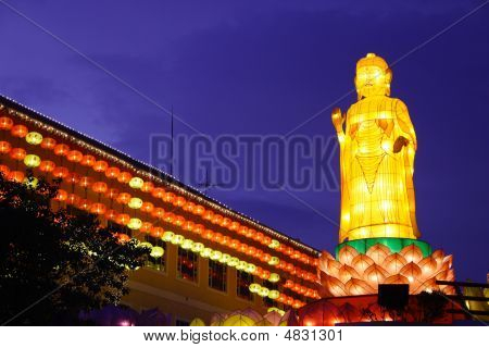 Lantern Performance (Buddha Temple)